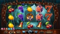 wicked circus slot screenshot 2